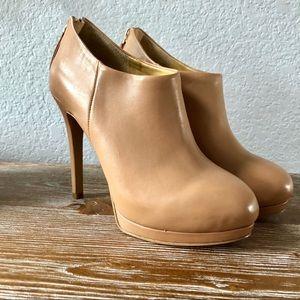 Nine West heel Booties Size 5
